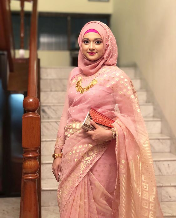 saree with hijab